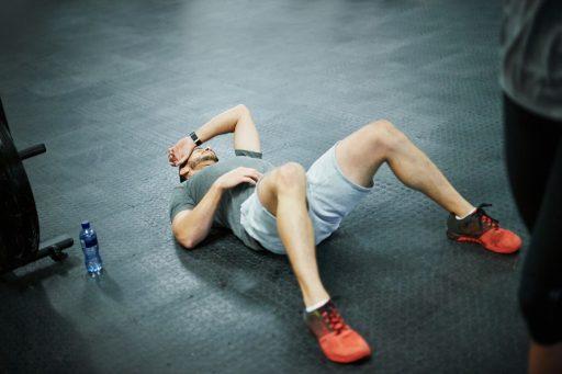 como quitar el dolor muscular del gym