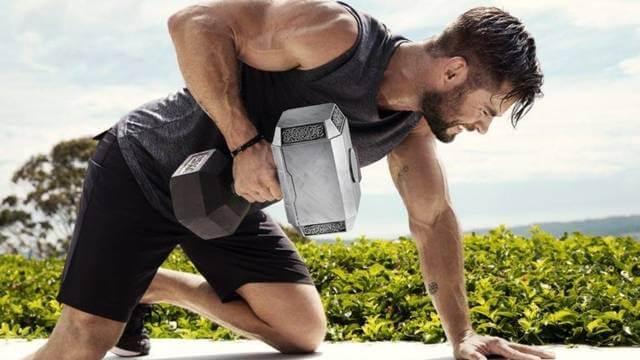 Chris Hemsworth ejercicio